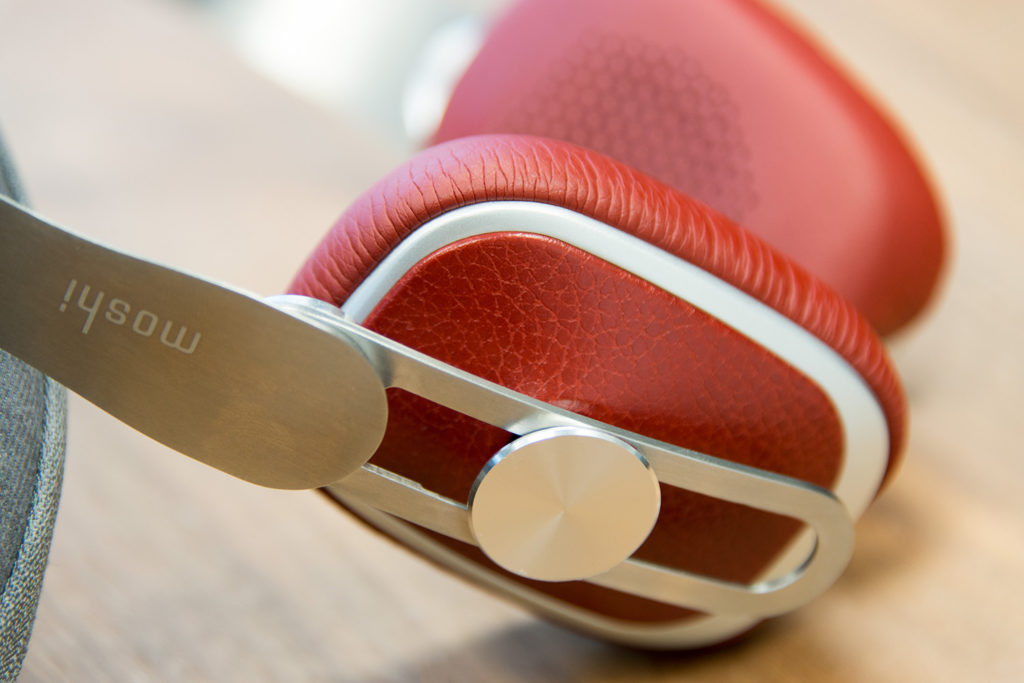 moshi-avanti-hdphns-earpadslider-1500x1001